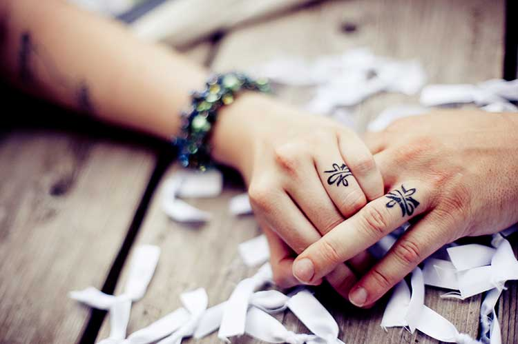Love-Couple-Ring-Tattoos